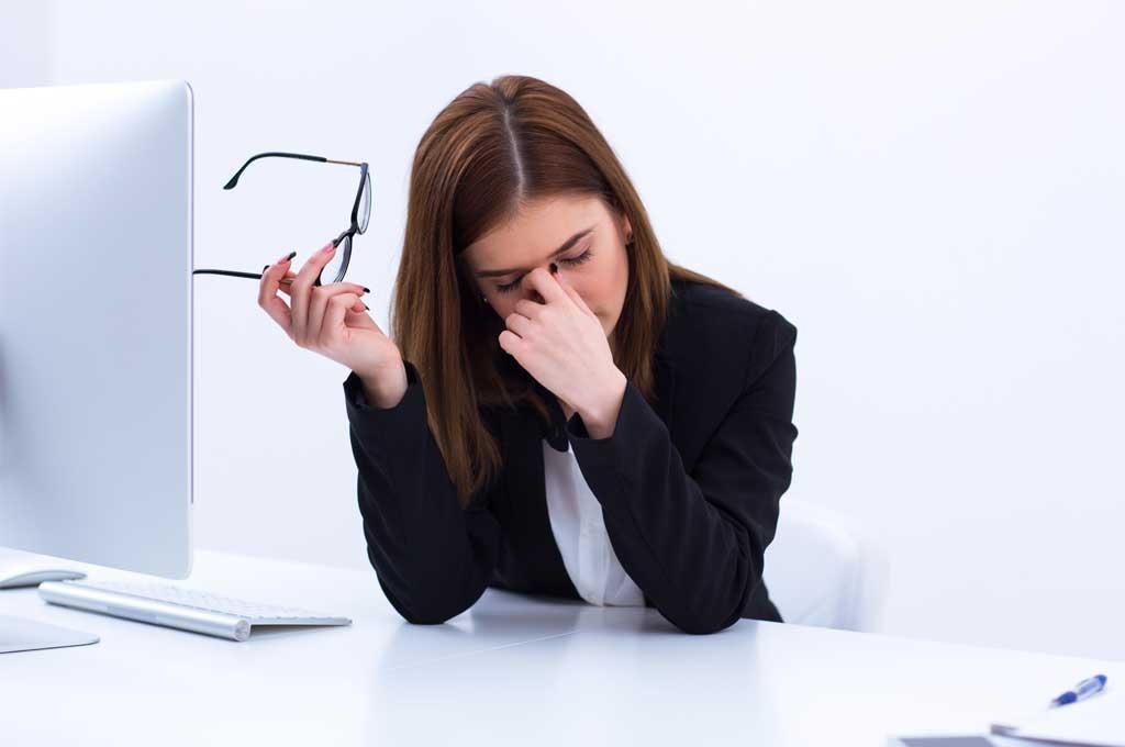 เคล็ดลับดูแลดวงตาเมื่อต้องใช้คอมพิวเตอร์นานๆ