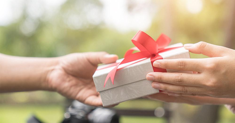 เทคนิคการเลือกของขวัญให้โดนใจคนรับทุกเทศกาล